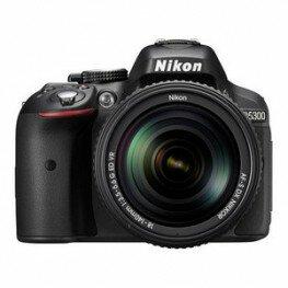 Nikon D5300 Kit inkl. AF-S DX 3,5-5,6 / 18-140 mm G ED VR